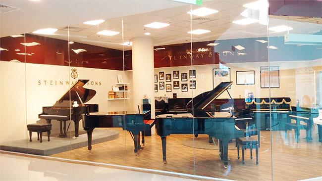 mua-dan-piano-steinway-o-dau