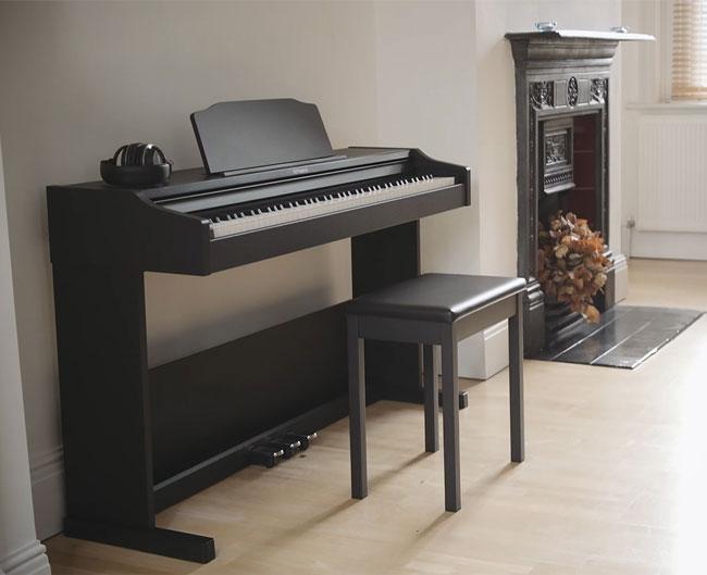 dan-piano-dien-roland-rp-102