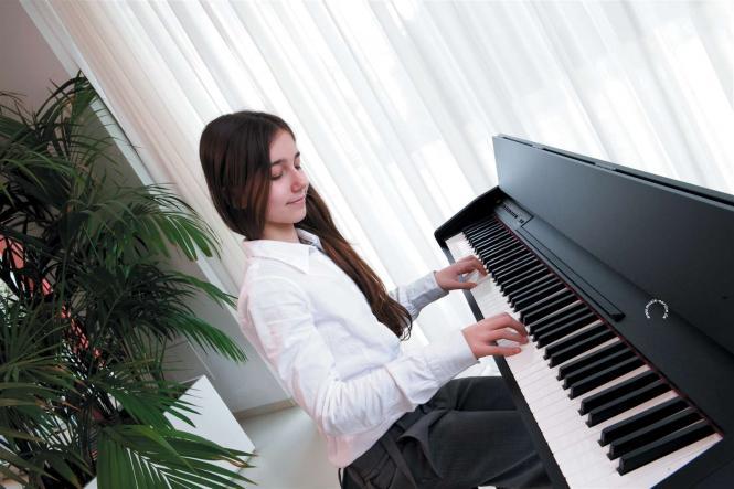 phim dan piano dien