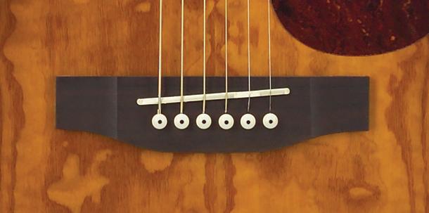 ngựa đàn guitar accoustic