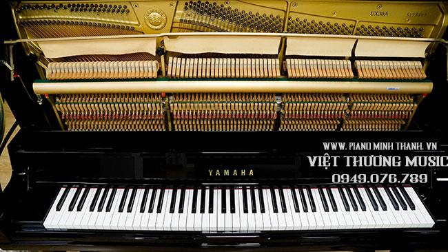 dan-piano-yamaha-ux30a