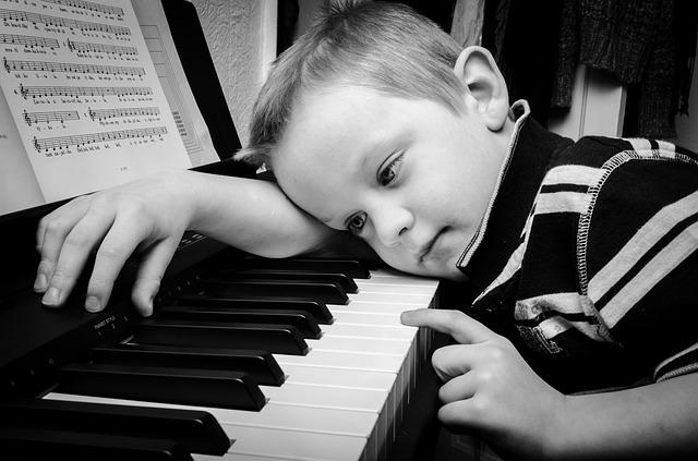 mua dan piano cu gia re