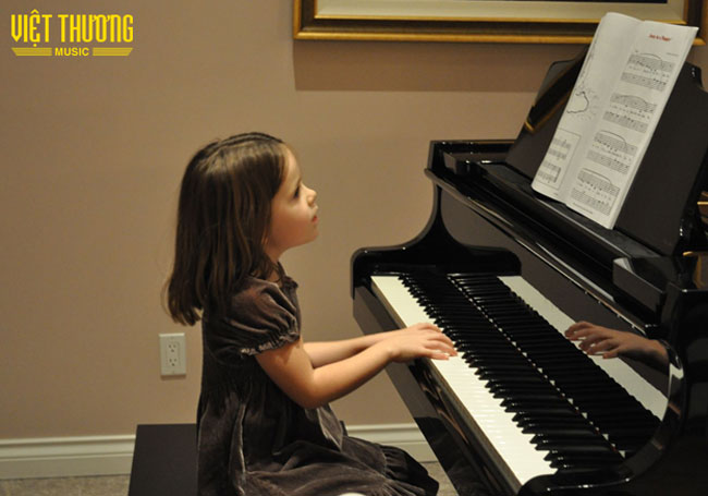 chon-mua-dan-piano-cho-be