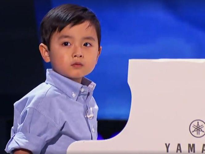 evan le choi dan piano