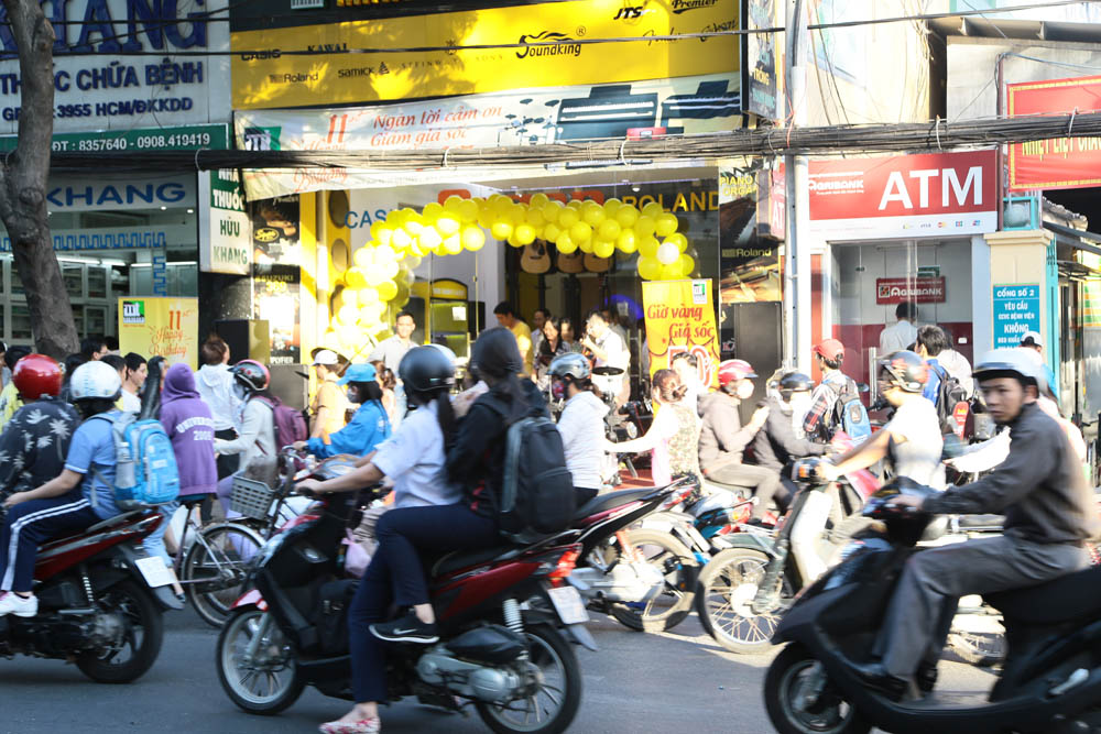 Minh Thanh PIANO ky niem 11 nam thanh lap