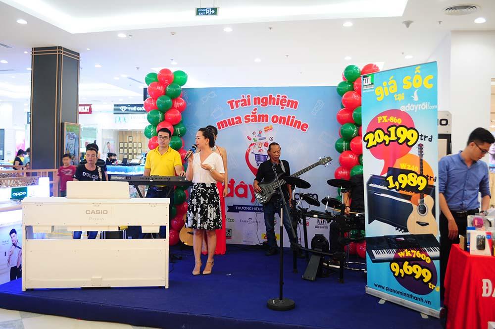 Hình ảnh tại Hội Chợ Triển Lãm Nhạc Cụ tại Vincom Mega Mall Thảo Điền