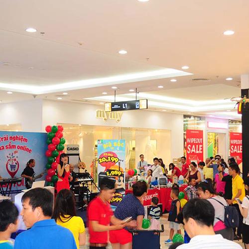 Video clip Hội Chợ Triển Lãm Nhạc Cụ tại Vincom Mega Mall Thảo Điền