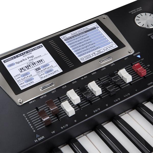 man hinh organ Roland BK-9
