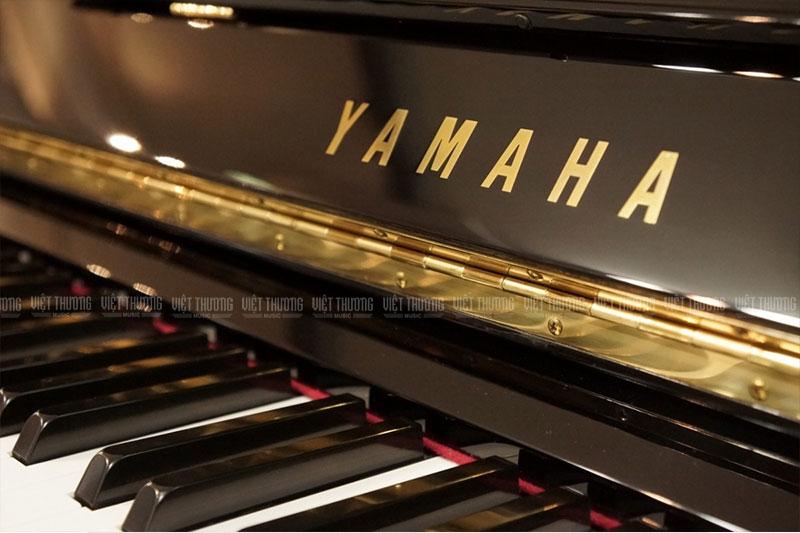 dan piano secondhand yamaha u30a