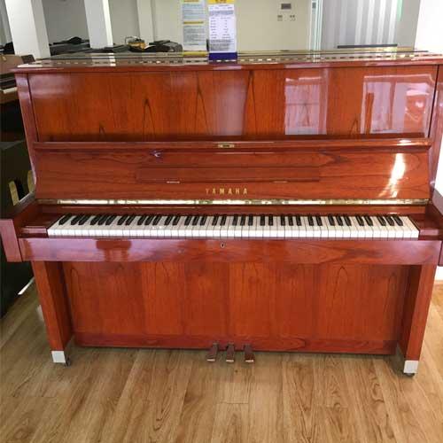 Đàn Piano Yamaha W104